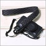 コンパクトカメラ用ストラップ