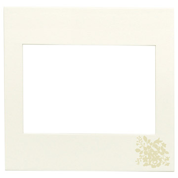 中額:表紙と同じパール箔の花模様付き
