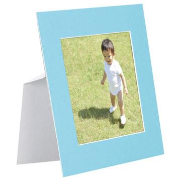 ブルー使用例:スタンドは折り目がついているので簡単に組み立てられます