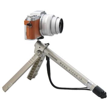 使用例:記念写真やタイマー撮影に便利なテーブル三脚としても使えます