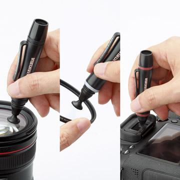 外出時でも簡単クリーニング。あると便利なレンズペン