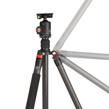 設置状況に応じて開脚角度は3段階に設定可能