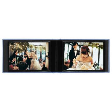 ポケットには写真を鮮やかに見せる透明度の高いフィルムを使用