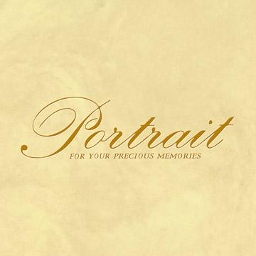 マーブル模様の表紙にゴールドの箔押しで「Portrait(お写真)」