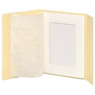 開いた状態:和紙がついています