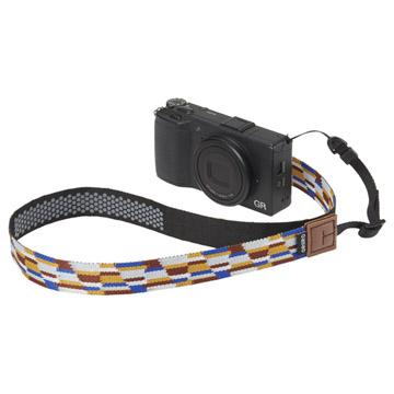 両吊りタイプコンパクトカメラにも対応