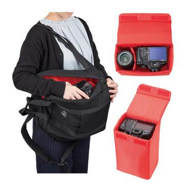 バッグを下ろさずに側面からアクセス可能