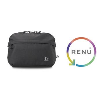 廃棄衣料などから生まれたリサイクル素材RENU(R)を採用