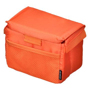 ふた付きなので閉めればほこりよけ、バッグの中ではさらに上に荷物を重ねられます