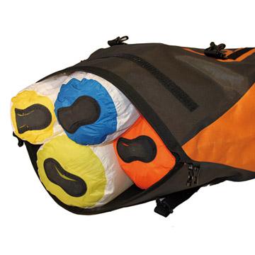 使用例(バッグの中の防水インナーバッグとして使う場合)