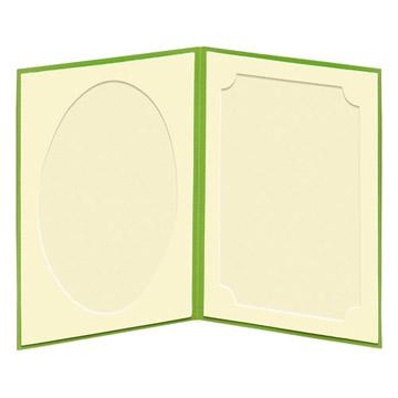 見開き:中額(左/だ円・右/飾り角)、中央から写真を差し込みます。