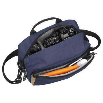 アウトドアプロダクツ カメラショルダーバッグ03